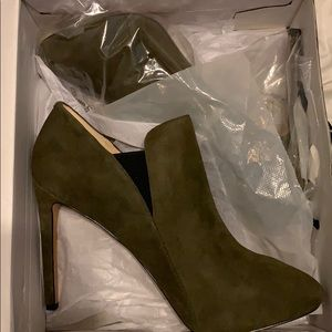 Nine West Suede Olive Green Booties - Size 12